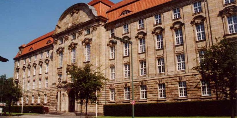 Düsseldorf, Huawei, patent litigation, Ericsson