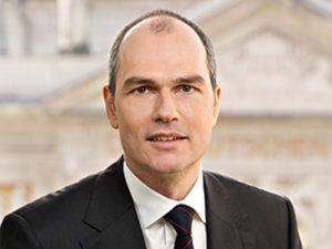 Munich patent attorney Stefan Huebner SR Huebner