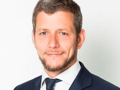 David Por, Allen & Overy, Paris, patent litigation