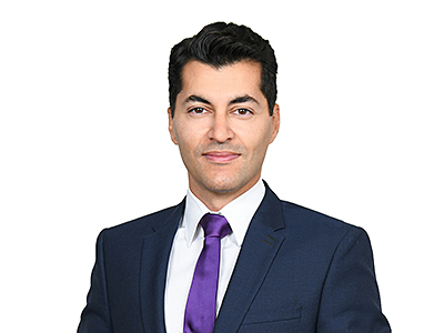 Ronny Amirsehhi, Clifford Chance